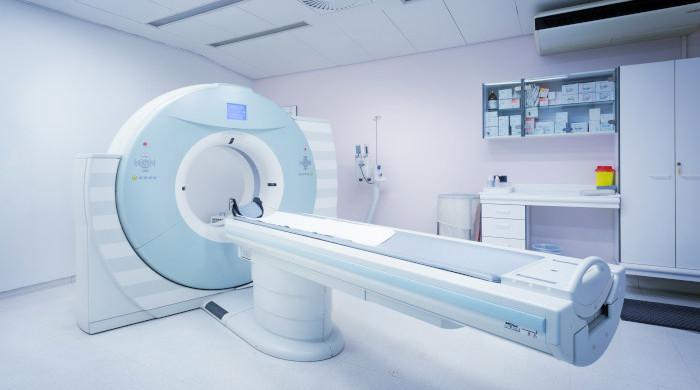 Tomograf komputerowy stojący w specjalistycznej pracowni tomograficznej Ars Medica